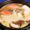 体の芯まで温まる『1人鍋セット(ごはん・小鉢・漬物付)』