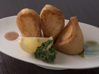 サクッとした長崎の郷土料理『自家製長崎ハトシ 3個』
