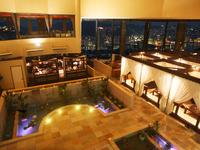 長崎の夜景を見ながら食事が楽しめる、絶好のロケーション