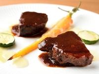 さらっと食べられる『和牛ホホ肉の赤ワイン煮込み』