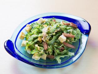 沖縄から取り寄せた自慢の食材で、沖縄県人も満足する沖縄料理
