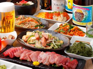 沖縄・奄美大島から入荷する上質な食材を使用