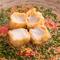 甘くてコクのある胡麻豆腐をさらに湯葉でまいた逸品