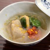 おもてなしの心がつまった『海老芋と畑菜の炊き合わせ』