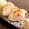 しっとりと柔らかな食感の『鳥取県産の地鶏ささ身フライ』(1ヶ)