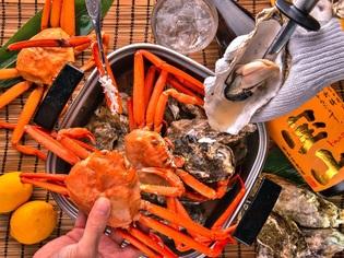豪快!《牡蠣と蟹のガンガン焼き食べ放題》