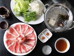 素材の美味しさを存分に引き出した『黒豚しゃぶ鍋』