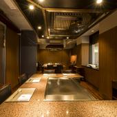 個室は2部屋。シーンに合わせて利用可能