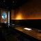 おいしい肉寿司や和食、お酒とともに、くつろぎの時間を