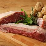 厳選した肉と野菜を使用