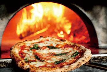 素材の味が活きる!本場ナポリの味『マルゲリータ エクストラ』