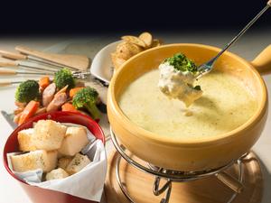 風味豊かなとろとろチーズが絶品『激ウマ濃厚チーズフォンデュ』