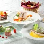 最高の景色と料理を楽しめる『サンセットディナー』