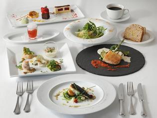 定番の一品から、全体を把握したコースとしての料理を追求