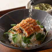 鮭または梅:各490円(税抜き)