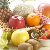 全国のフルーツが堪能できるお店です