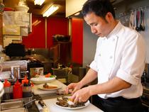 本場の味により一層近いといわれる韓国料理の提供