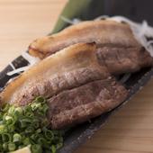 体にもやさしい沖縄県産の希少な豚です『アグー豚の炙り焼き』
