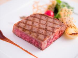 希少な『山崎牛のステーキ』