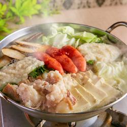 博多もつ鍋食べ放題がついた3時間食べ飲み放題付き全7品のお得なコース!