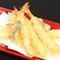 揚げ油と温度へのこだわりが生むサクサクの天ぷら