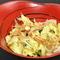 旬の食材で季節を感じる「春キャベツとわかめのサラダ」