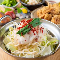 贅沢なとれたて産地直送鮮魚のお造りは絶品です。素材の味をじっくりご賞味ください!