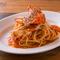 蟹の旨みを丸ごと味わえる、人気NO.1パスタ『渡り蟹のトマトクリームスパゲッティ』