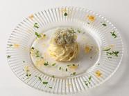 濃厚な旨味に魅了される『カラスミと生シラスの冷製スパゲッティーニ』