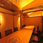 プライベートな空間は、顔合わせやお祝いなど家族にとっての大切な席におあつらえ向き。広びろとした空間でまったりと食事をしてはいかがでしょう。