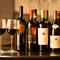 焼肉に合うワインを厳選。世界の銘醸ワインに加え、日本ワインも