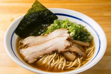 どこか懐かしく、真っ直ぐな味わいを楽しめる看板メニュー『中華そば』