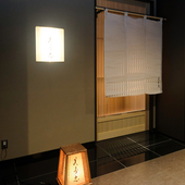 目の前で寿司職人がにぎるスペシャルな個室