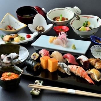 【お薦め】本格江戸前鮨+四季折々の和食を堪能『美寿志鮨会席』