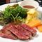 柔らかく、濃厚な旨味の赤身肉『黒毛和牛イチボ肉のステーキ』