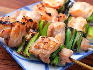 それぞれの部位を堪能できる、焼き鳥で味わう七谷地鶏