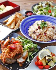 野菜、魚、肉のバランスの良いコース!ビール、日本酒、焼酎、梅酒、生搾り酎ハイ、カクテル等約60種類から