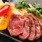 ステーキやカルパッチョなど、多彩な馬肉料理をご用意