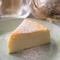 ミルキーな味わいがオリジナル『とねりこ特製チーズケーキ』