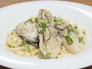 大きくて味が濃い、鳥羽桃取産の牡蠣「桃こまち」