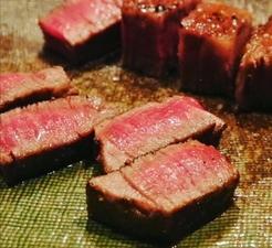 常にトップクラスの味わいと肉質の良さを誇る銘柄牛『神戸牛(A5ランク) サーロイン 200g~』