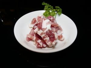 熟成具合が秀逸の塩漬け豚バラ肉『パンツェッタ』