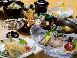 選べる3つの主菜が魅力!『料理長のおすすめ膳』