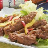 「黒豚」のお肉をカレー風味の唐揚げに。『黒豚チャップサラダ』