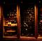 イタリアワインを中心とした400種類以上の多彩なワインを用意