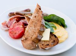 朝食だけのスペシャルプラン! 朝食3品をカジュアルにシェアのスタイルで。
