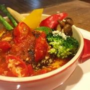 ピリ辛ミンチとフレッシュ野菜のタコライス