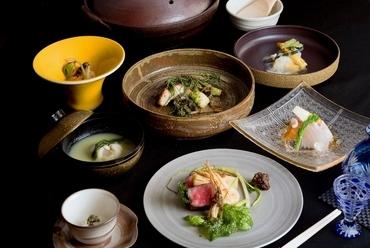 食材も料理法も、新しさと驚きに満ちる『季節のコース料理』※コースの一品。季節により内容が変わります