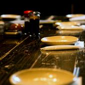 全国の地酒を楽しみ、豊富な料理に舌鼓を打つとっておきの時間