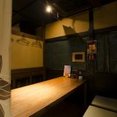 女子会から接待まで、さまざまなシーンに利用できる半個室空間